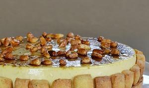 Tarte aux pignons de pin et crème brulée