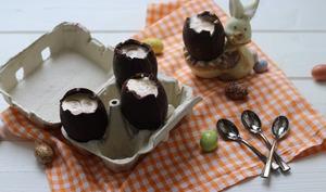 Oeuf de pâques à la mousse au chocolat blanc et praliné