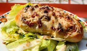 Egg boat aux lardons, champignons et crème