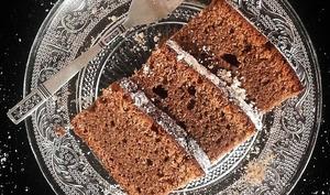 Gâteau chocolat au lait & noisettes