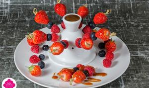 Brochettes de fruits au caramel au beurre salé
