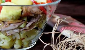 Salade d'effilochés de canard aux pommes de terre nouvelles