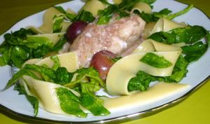 Fricassée de lotte au jus de raisin et ses tagliatelles aux épinards