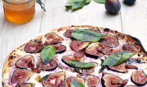 Pizza blanche aux figues