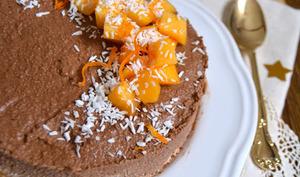 Entremets cru au cacao, coco, kaki et orange