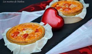 Quiches au thon, à la tomate et au parmesan
