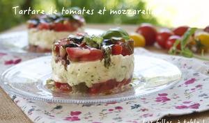 Tartare de tomates, mozzarella et pesto