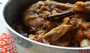 Mijoté de poulet aux 4 épices et aux abricots