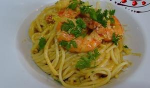 Spaghettis aux gambas, sauce façon bisque