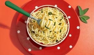 Spaghettis à la sauge et au parmesan