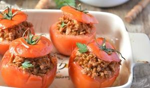 Tomates farcies aux protéines de soja texturées