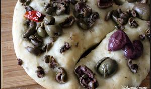 Fougasse aux olives et à l'origan
