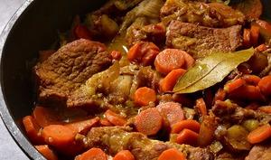 Tendron de veau aux carottes, au miel et aux épices