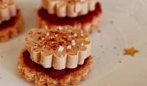 Toasts briochés à la betterave, foie gras et piment d'Espelette