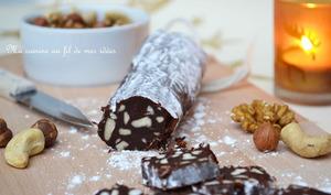 Saucisson trompe-l'oeil au chocolat aux noix de cajou
