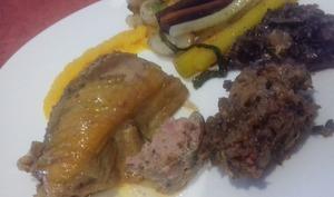 Chapon farci au foie gras et aux fruits secs