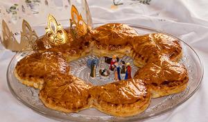 Mini-galettes des rois en couronne de Yann Couvreur