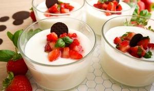 La panna cotta au yaourt d'Ottolenghi