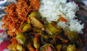 Assiette vegan de choux de bruxelles à la coco et fruit du jacquier en sauce barbecue