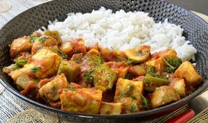 Curry de tempeh aux champignons et combos