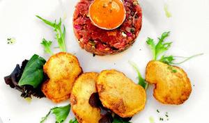 Tartare de bœuf à l'Italienne & pommes soufflées