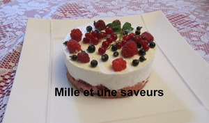 Entremet mousse de fromage blanc aux fruits rouges