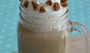 Café au lait frappé