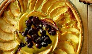 Tarte aux pommes, myrtilles et matcha