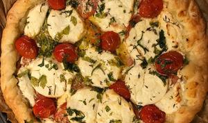 La tarte facile à la tomate et au chèvre frais