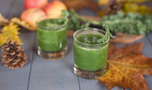 Smoothie pomme kale gingembre