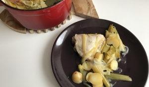 Poulet en cocotte avec poireaux et pommes de terre