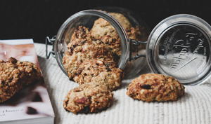 Cookies aux flocons d'avoine, dates, amandes et graines de tournesol