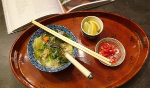 Soupe vietnamienne de poulet aux nouilles