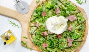 Pizza verte brocolis asperges burrata