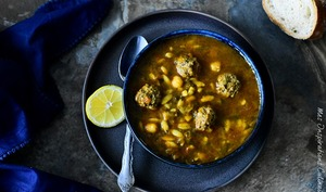 Soupe Chorba aux boulettes et langues d'oiseaux
