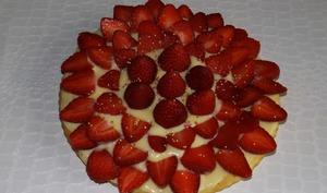 Gâteau aux petits-suisses façon tarte aux fraises