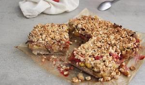 Crumble barres mangue-fraise-basilic