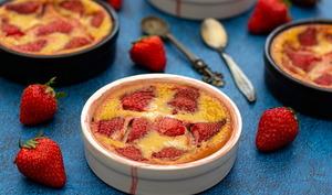 Clafoutis aux fraises et chèvre frais
