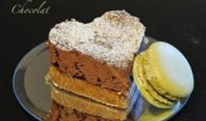 Cheesecake au Chocolat, Fève Tonka et Macarons