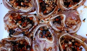Oreilles de cochon farcies aux crevettes, façon nem