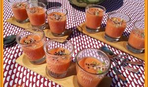 Soupe froide de tomate et pastèque