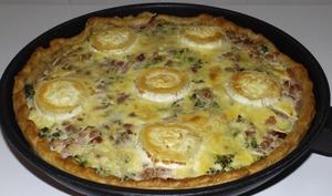 Tarte aux brocolis, aux lardons et au fromage de chèvre