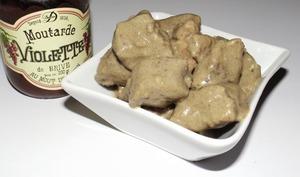 Bœuf à la moutarde violette et au vin blanc