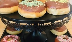 Donuts faciles glaçage au chocolat