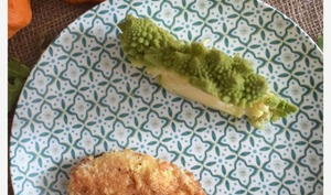 Escalope de poulet à la milanaise et son chou romanesco -