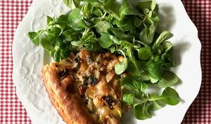 Tarte briochée aux champignons, lardons et Gorgonzola