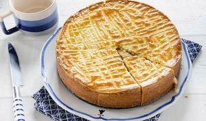 Gâteau breton fourré crème de pruneau
