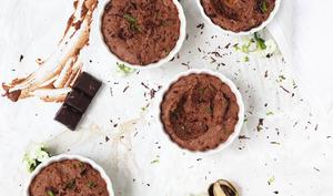 Mousse au chocolat vegan et zestes de citron vert