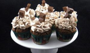 Cupcakes au chocolat et ganache Kinder