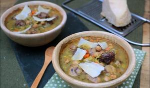 Soupe aux châtaignes et pois chiches